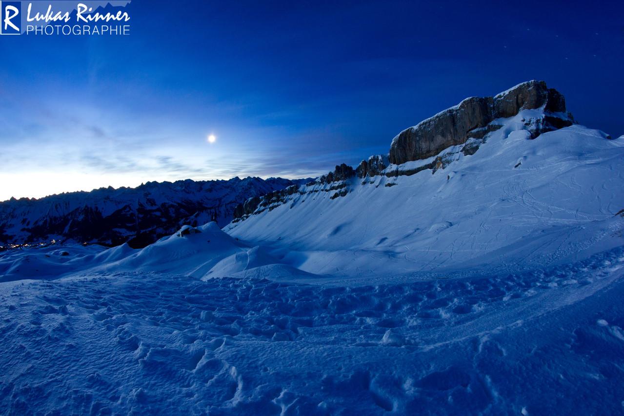 Sonnenaufgang Hahenköpfle, Blick Richtung Hoher Ifen, Kleinwalsertal