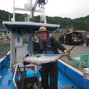 釣果6月24日玄達 マサ105センチ❗  その他ヒラマサ3本❗ 真鯛50センチ1枚 イサキ30センチ3枚 グレ40センチ1枚 ウマズラ(玄達サイズ)数枚😅