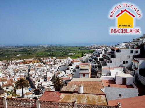 Casa en Salobreña - 180 m² - 5 hab - 150.000€