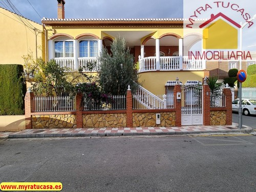 Casa Chalet en Churriana. Granada