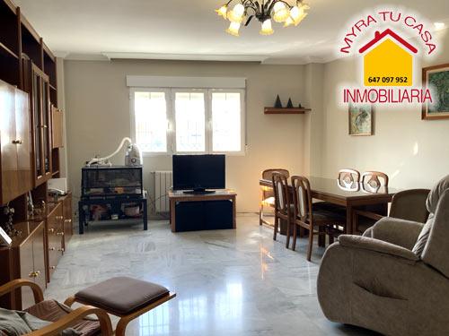 Casa pareada en Albolote - 272m² - 5 hab - 230.000€