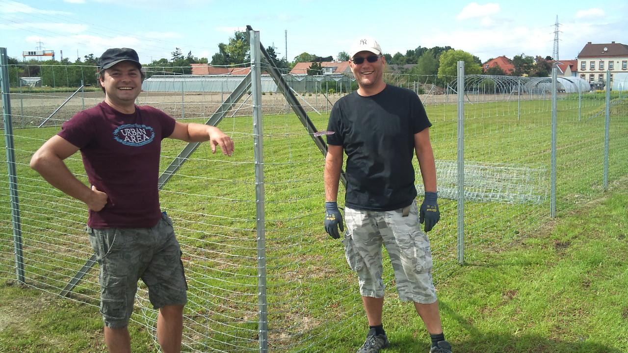 unsere Helfer: Wolfgang und Mathias, ...