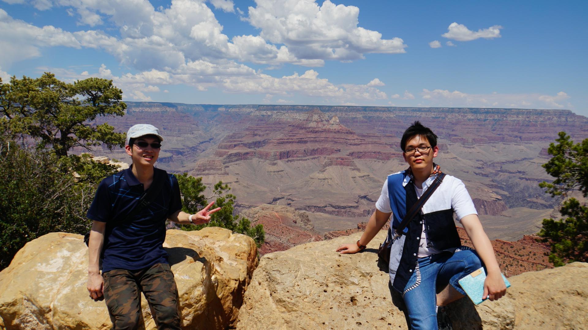 地平まで広大な渓谷が広がっていたグランドキャニオン(アリゾナ州)