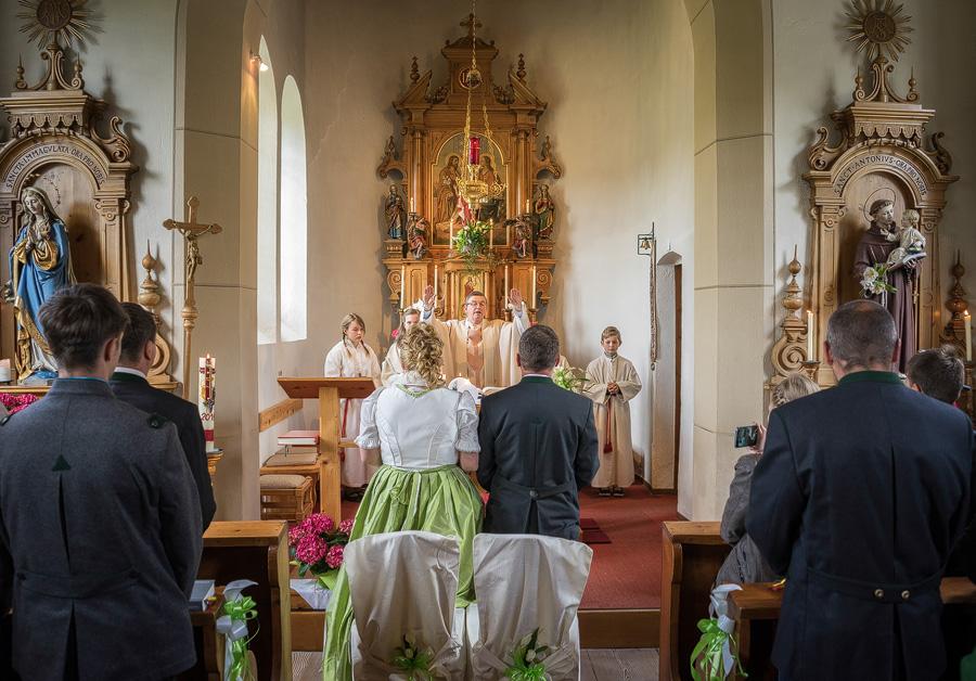 Bild - Heiraten im Lungau - Hochzeit in Sauerfeld - Fotograf Rennweg am Katschberg  - Fotografin Rennweg am Katschberg