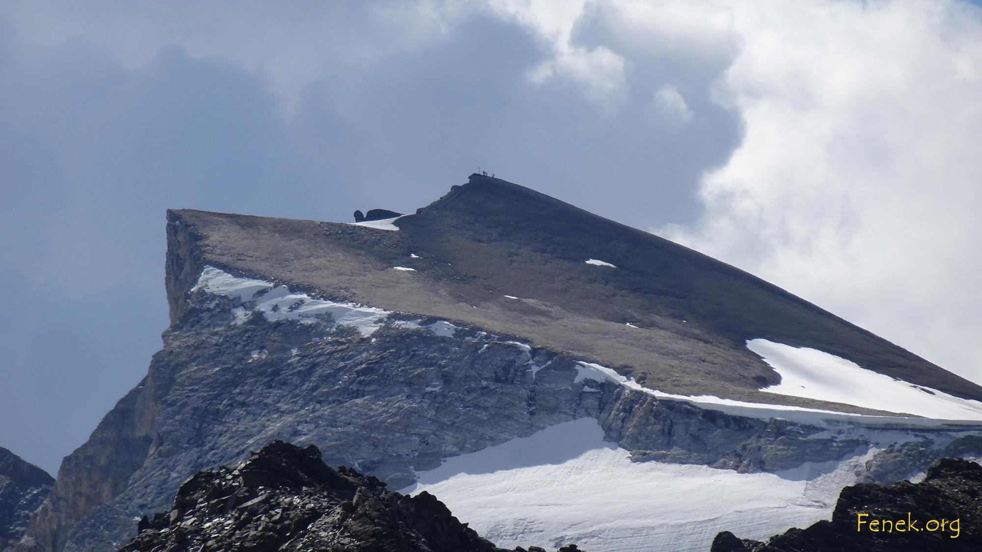 Gross Barrhorn mit glücklichen Bergwanderern