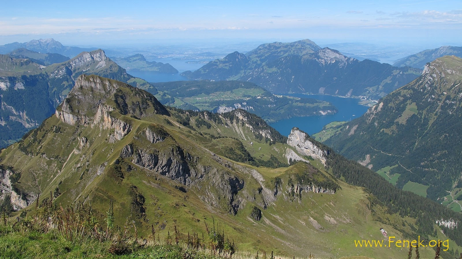 links Rophaien - rechts Rigi