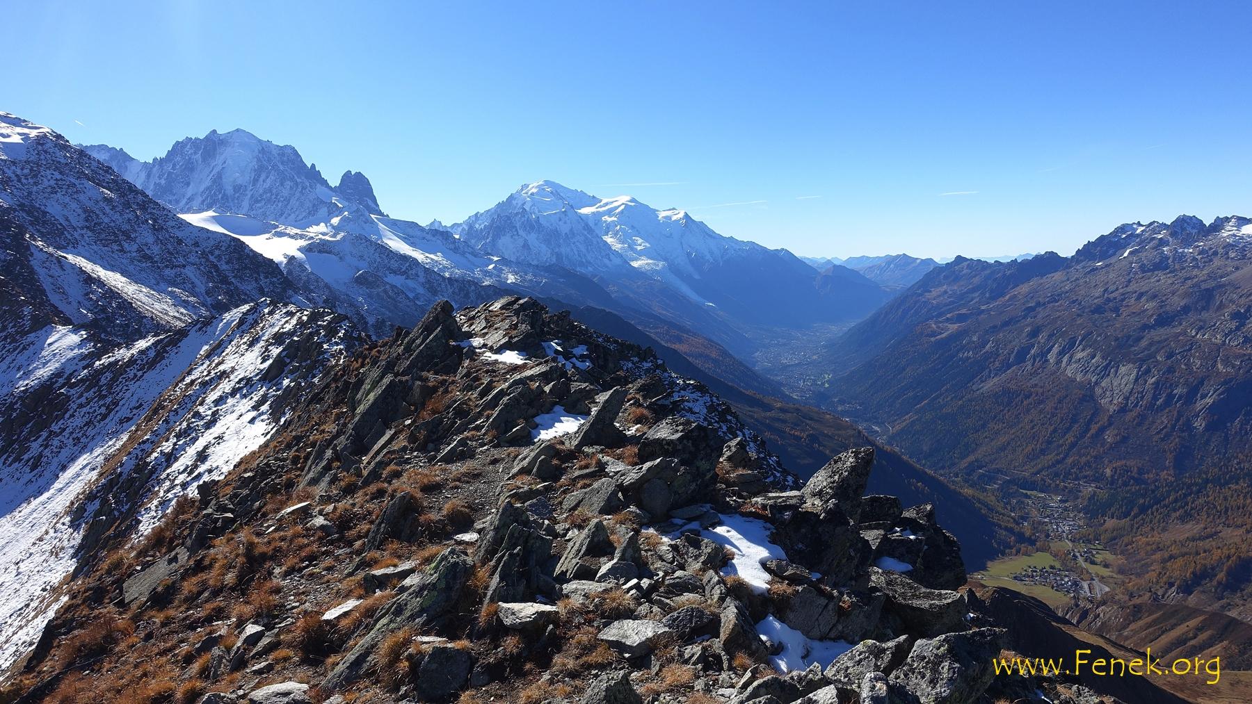 Gipfelaussicht zum Mont Blanc