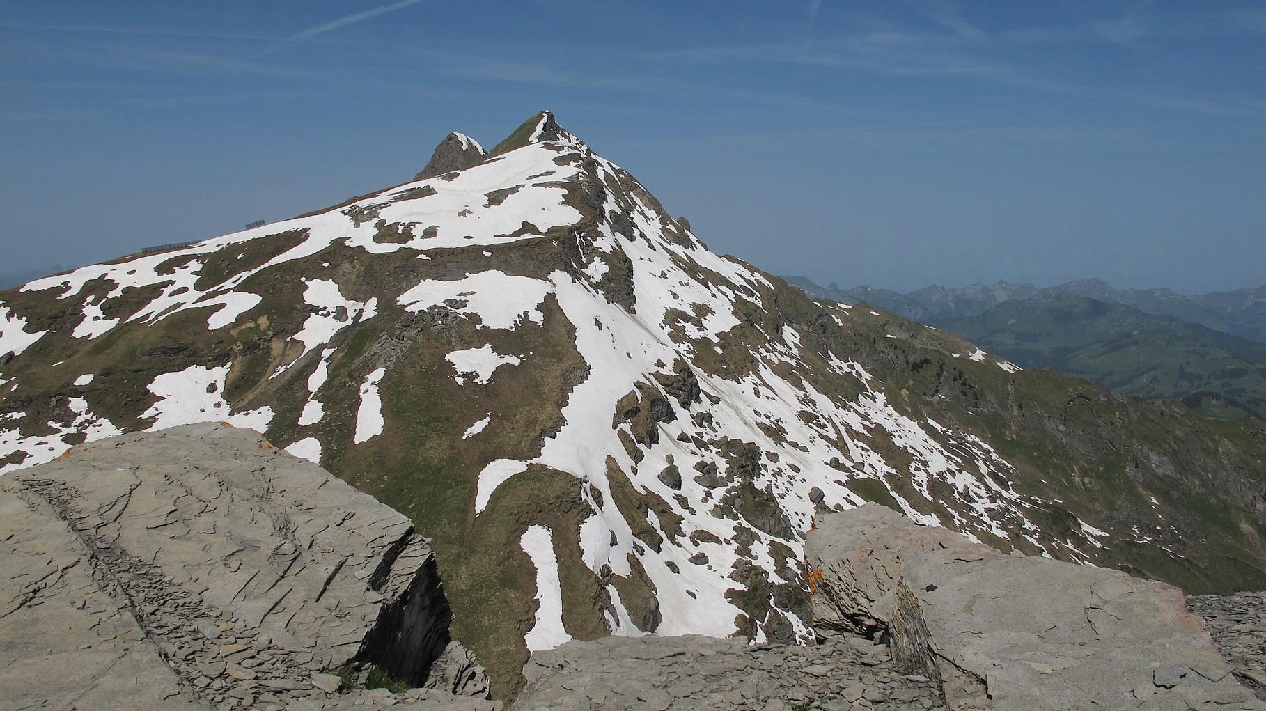 vom Gipfel ein Blick zur La Para