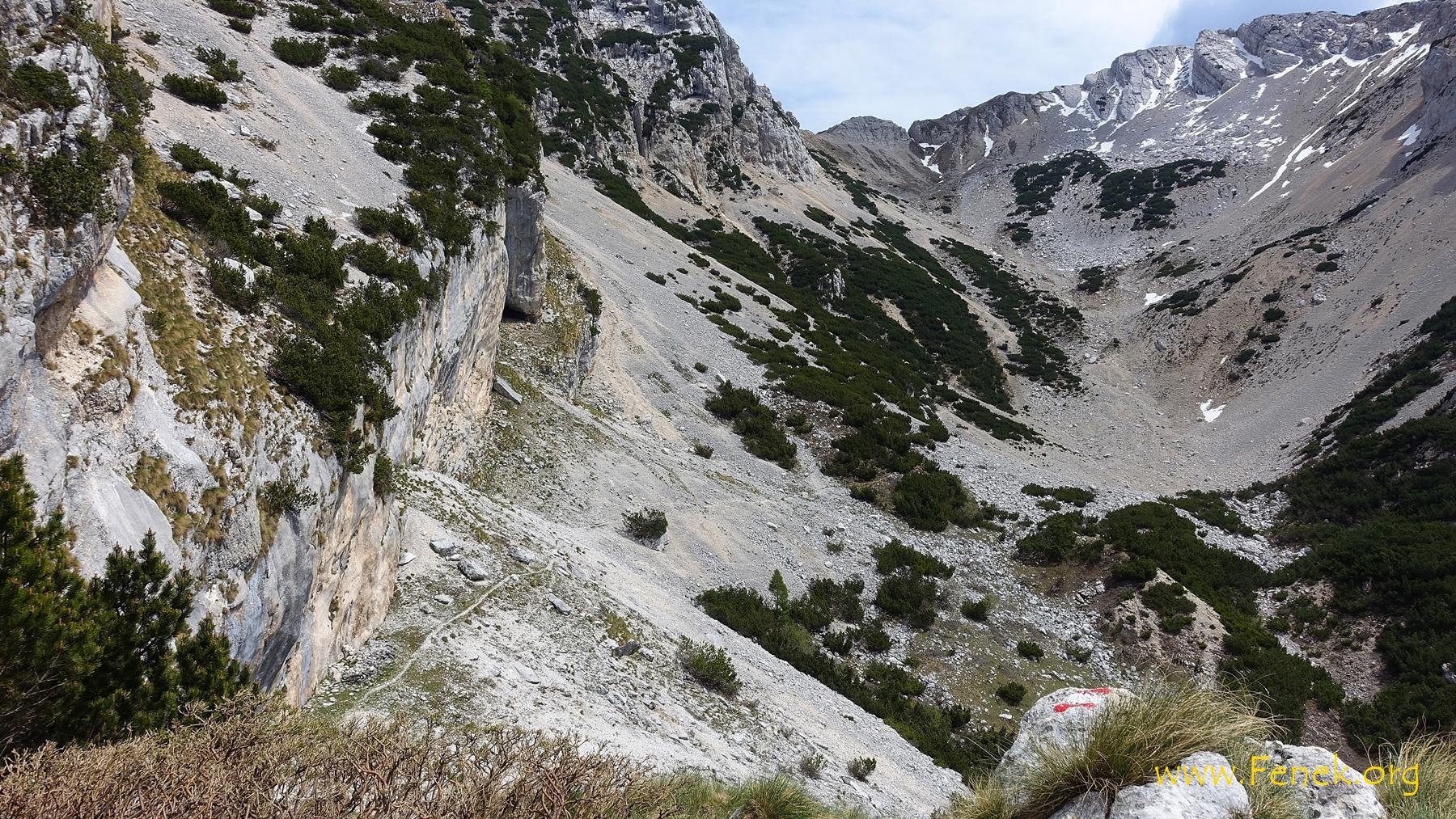 Blick zum Abstieg vom Passo Valdritta
