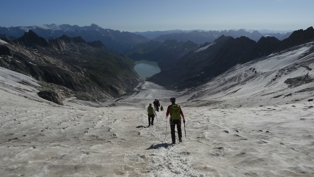 und wieder zurück über den langen Gletscher