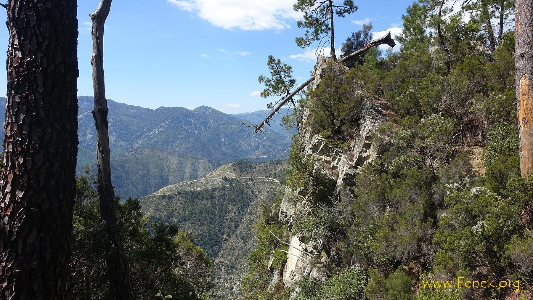 unterhalb des Gipfels