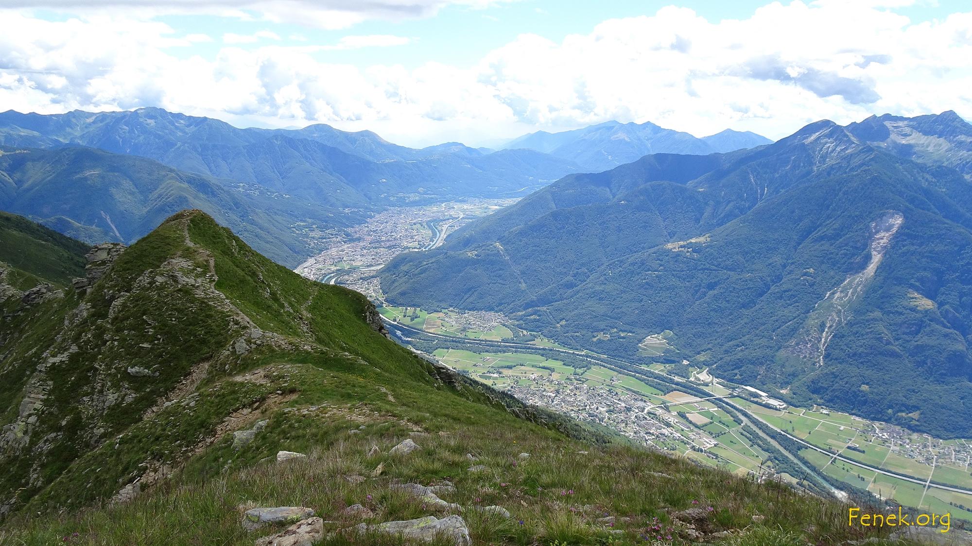 auf dem Südgrat - unten Bellinzona