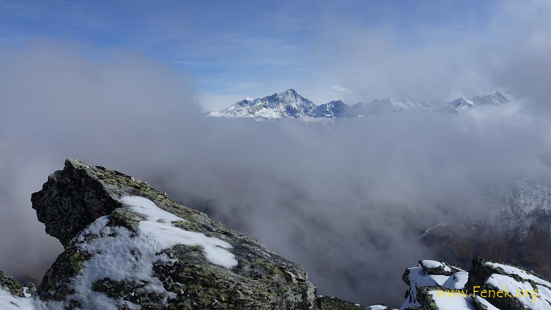 Wolkenfenster zum Weisshorn