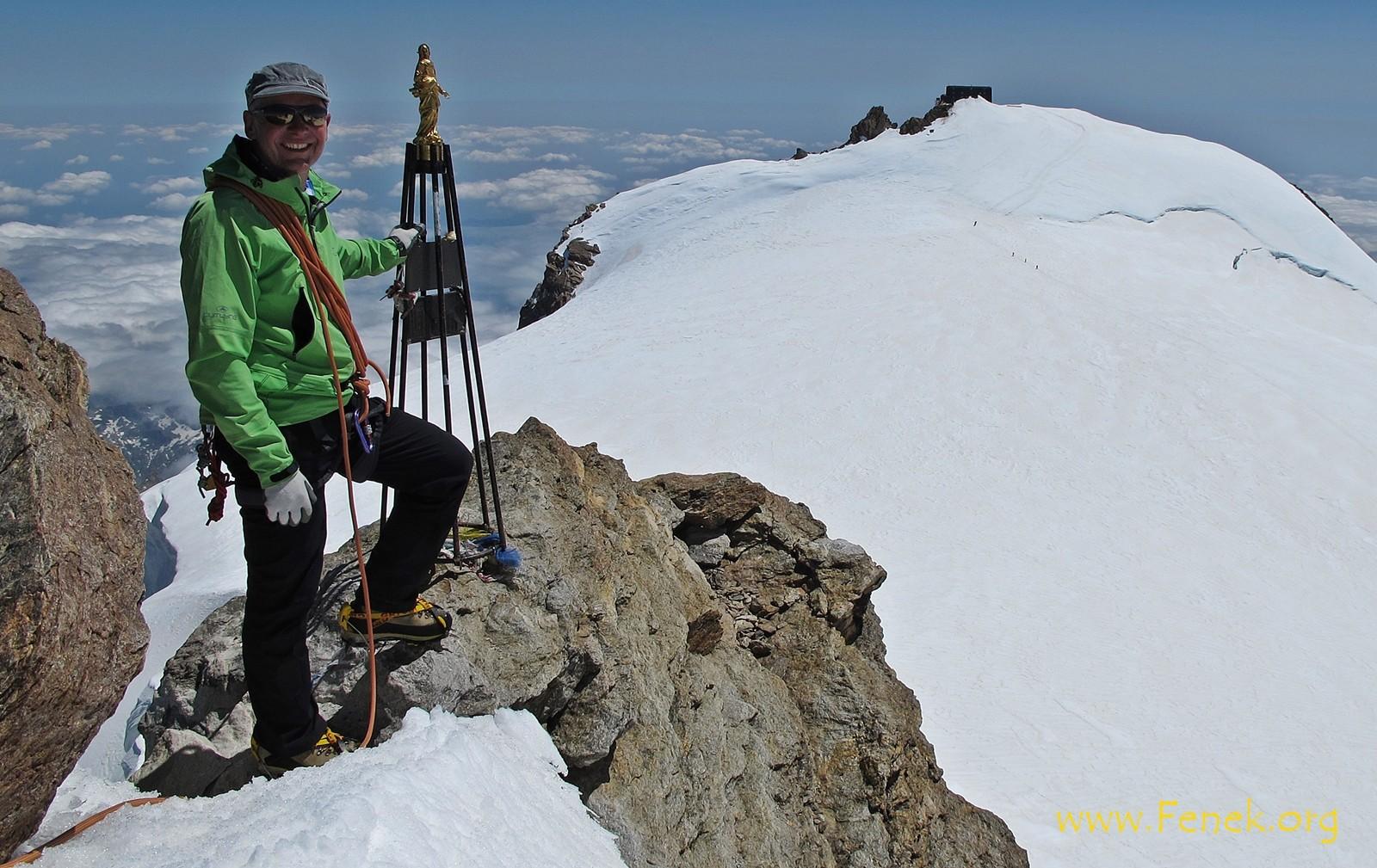 auf der Zumsteinspitze - hinten Signalkuppe mit Cap Margarita