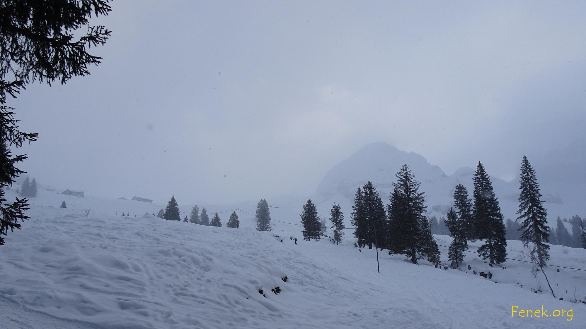 Übergang vom Schneefall in besseres Wetter