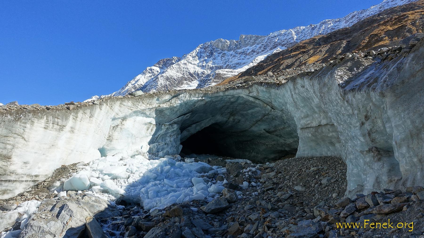 Gletschertor auf dem Langgletscher