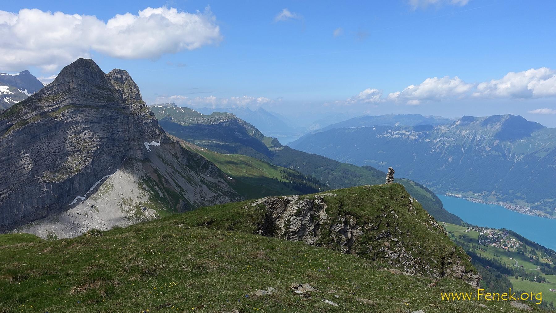 Aussicht Richtung Interlaken und sogar Thunersee