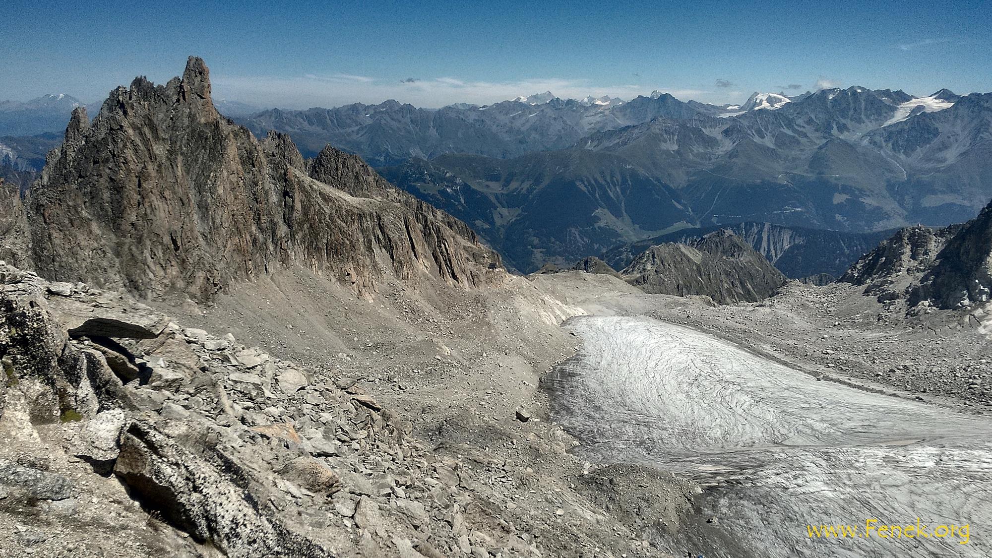 sehr eindrücklich die Aiguille d'Orny wo Kletterer auf den Gipfel stiegen