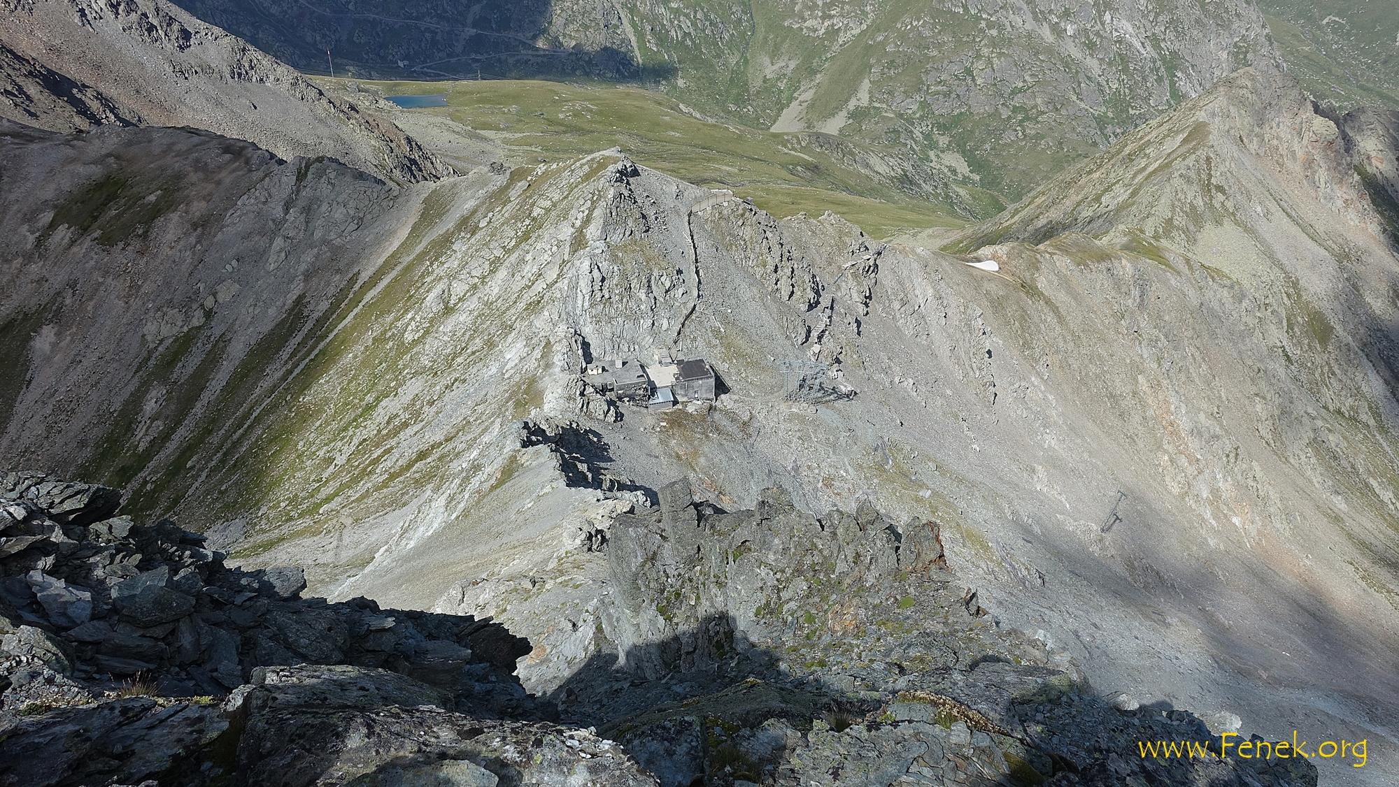 Tiefblick zum Col Nord de Menouve wo ich aufgestiegen bin