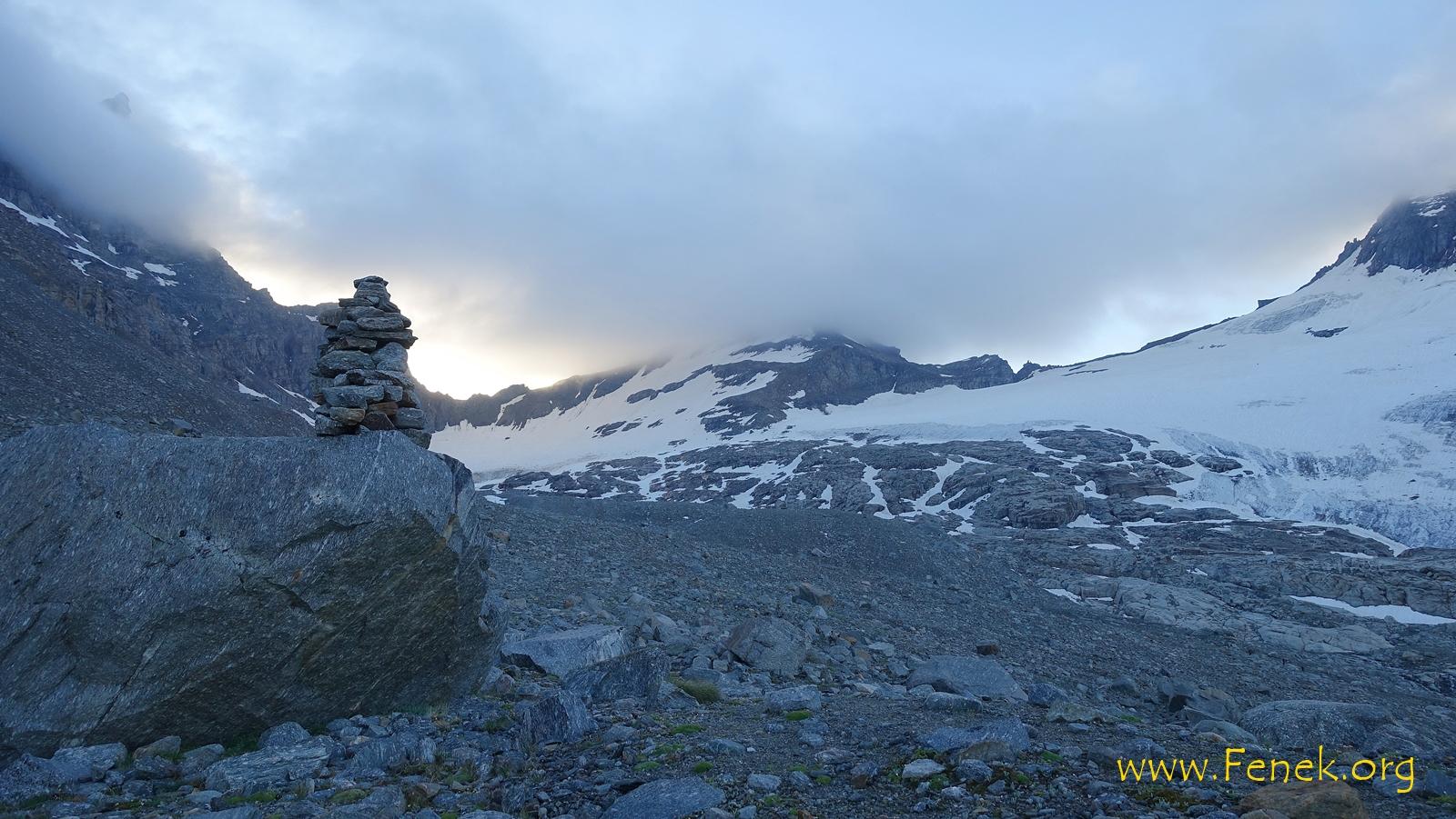 unser Gipfel noch in einer Wolke verhüllt