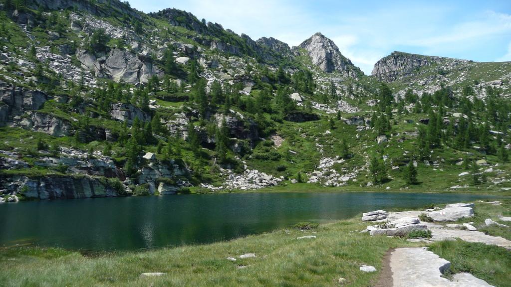 beim See mit Blick zur Cima del Masnee