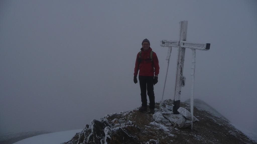 Gipfeldfreude trotz Wolken
