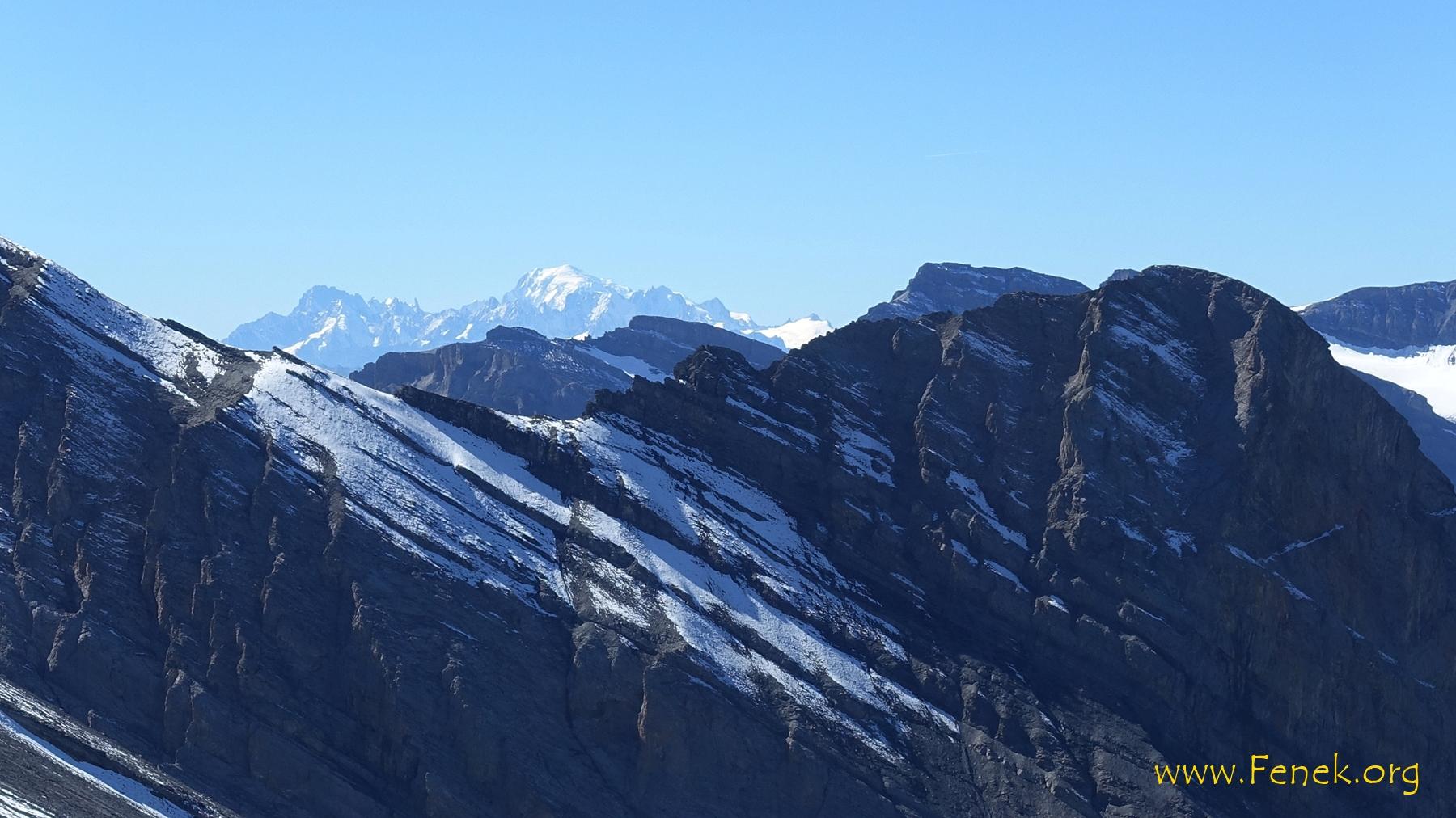 Mont Blanc genau über dem Rindersattel