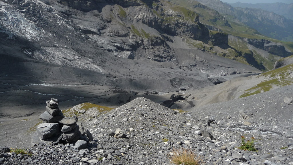 Gletschertor am Gamchigletscher