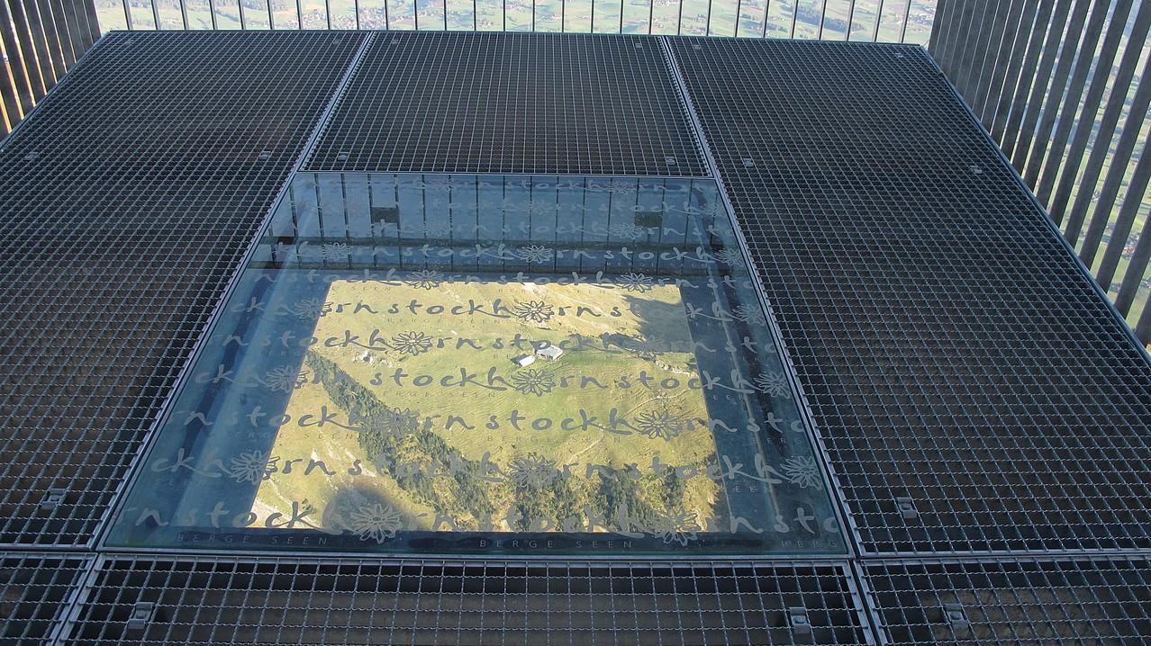 auf der Plattform vom Stockhorn