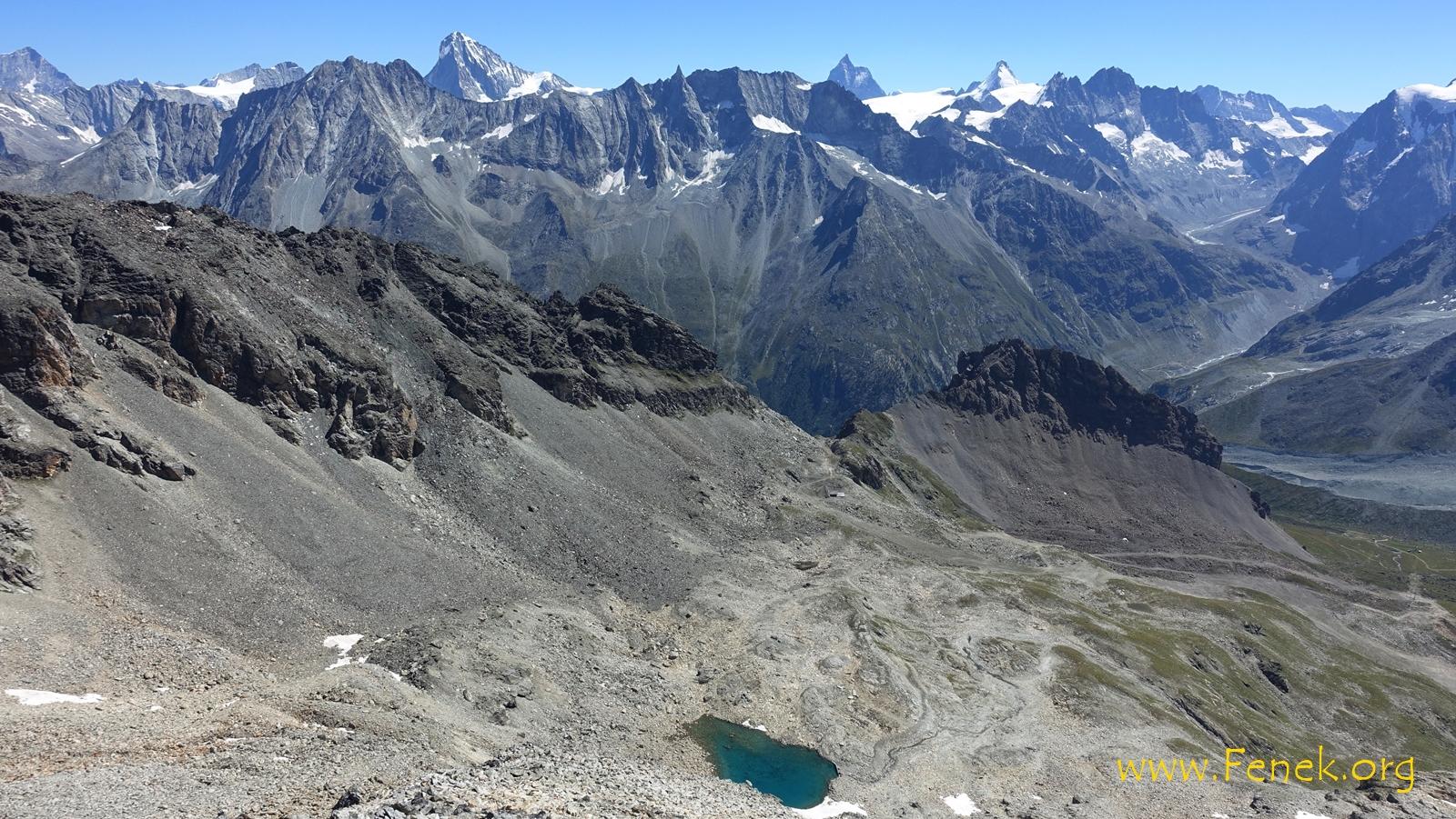 Tiefblick zum See bei 2900m