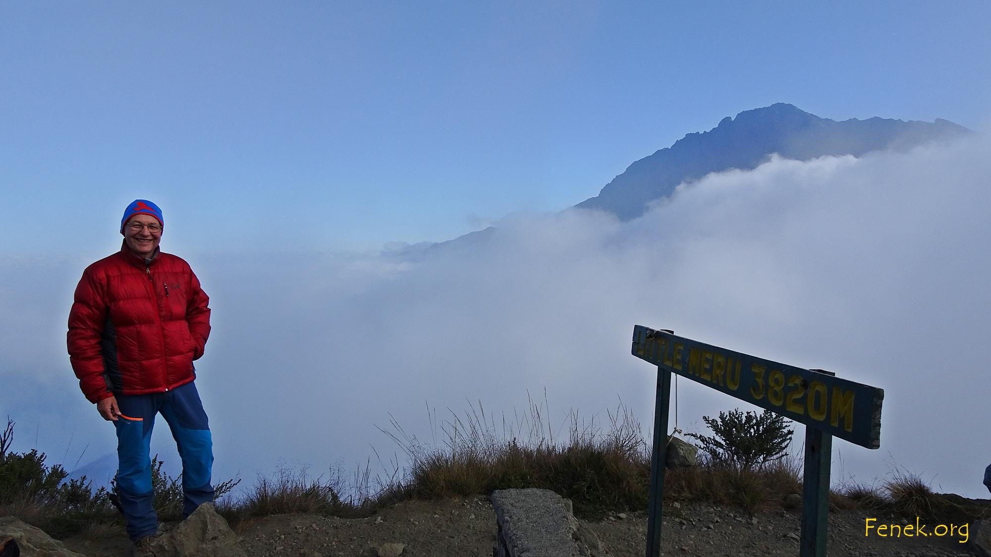 auf dem Little Meru mit Blick zum Mount Meru