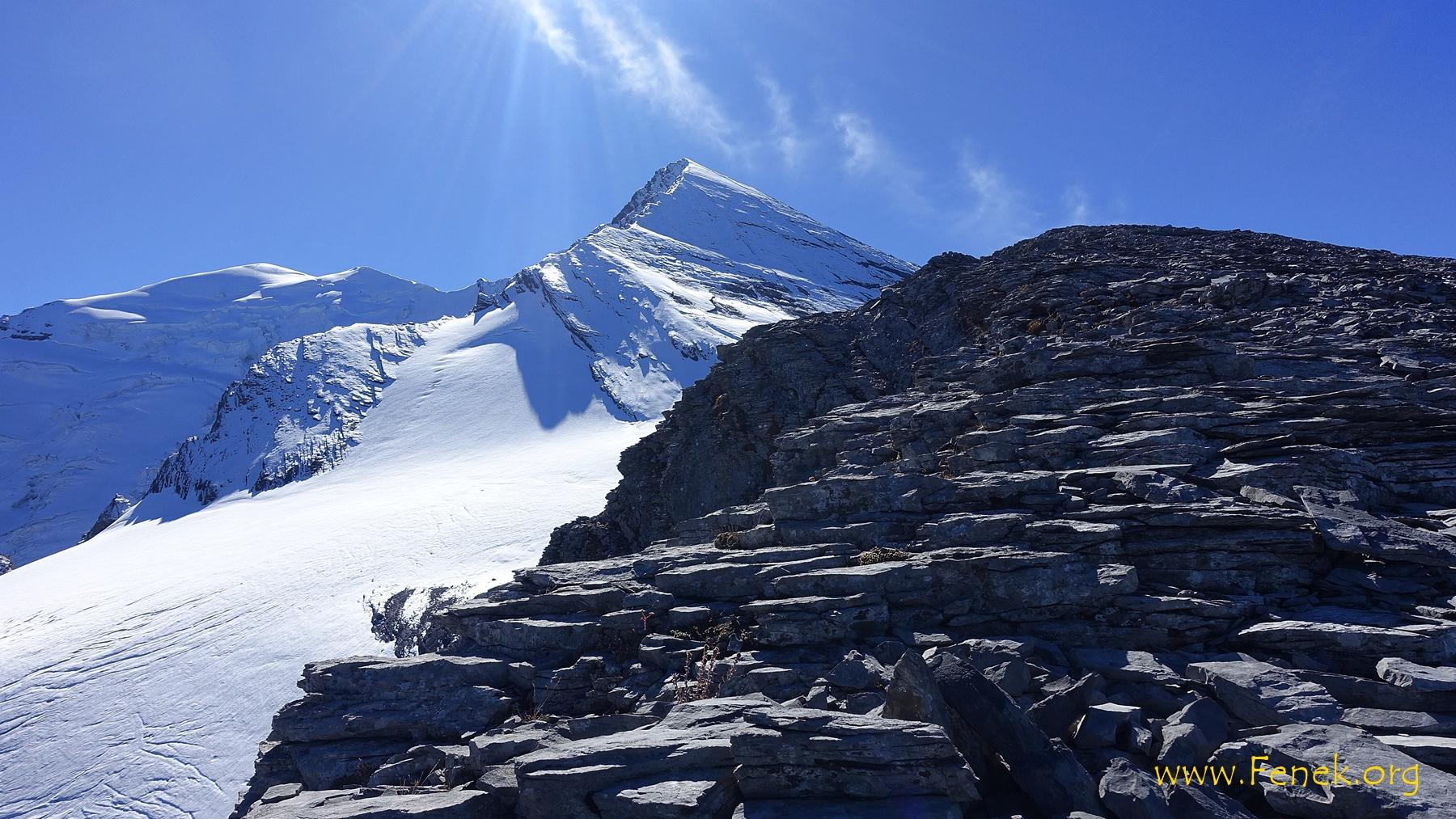 der Gipfel greifbar.....