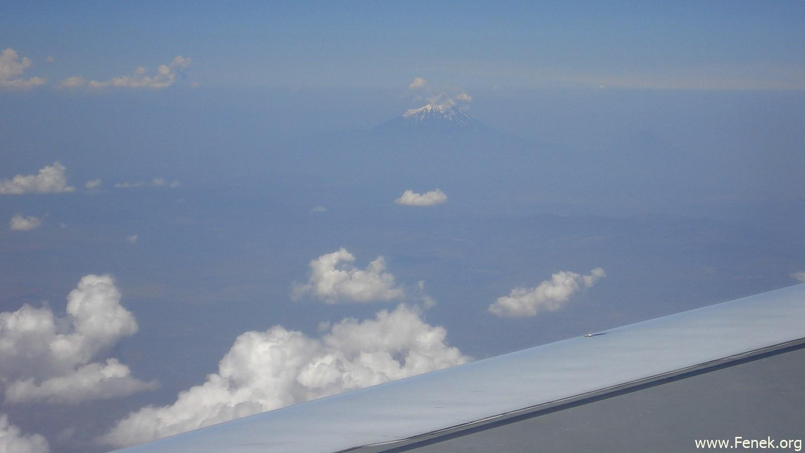 der Sabalan aus dem Flugzeug....