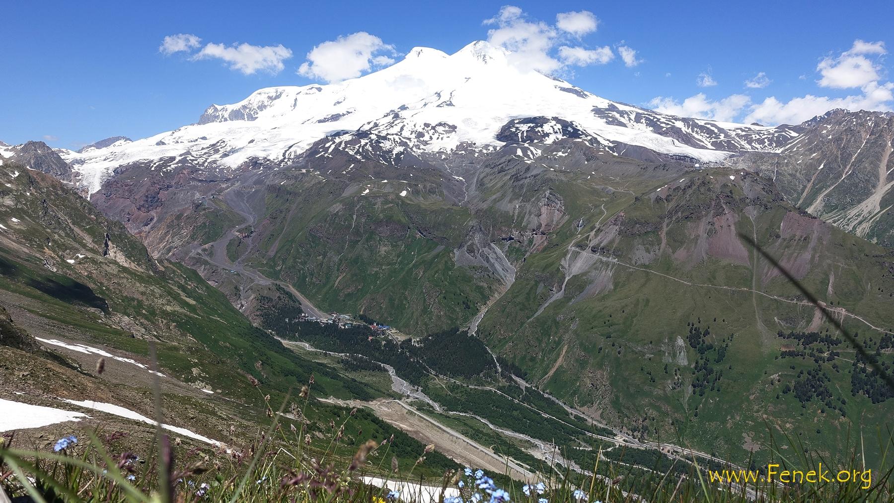 Elbrus von weitem
