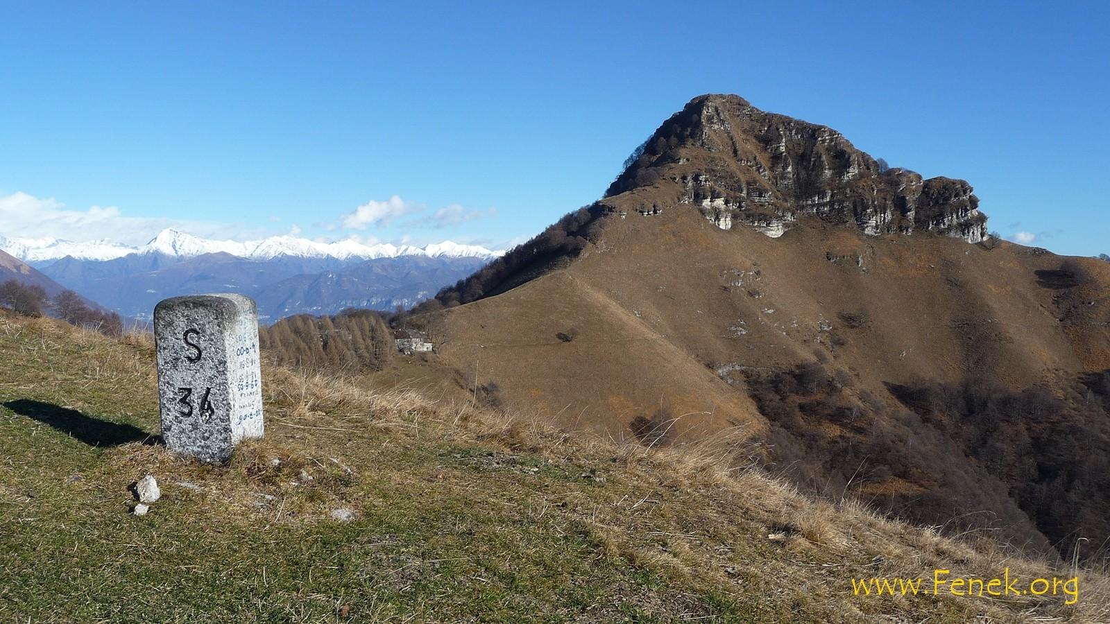Blick vom Poncione di Cabbio zum Sasso Gordona