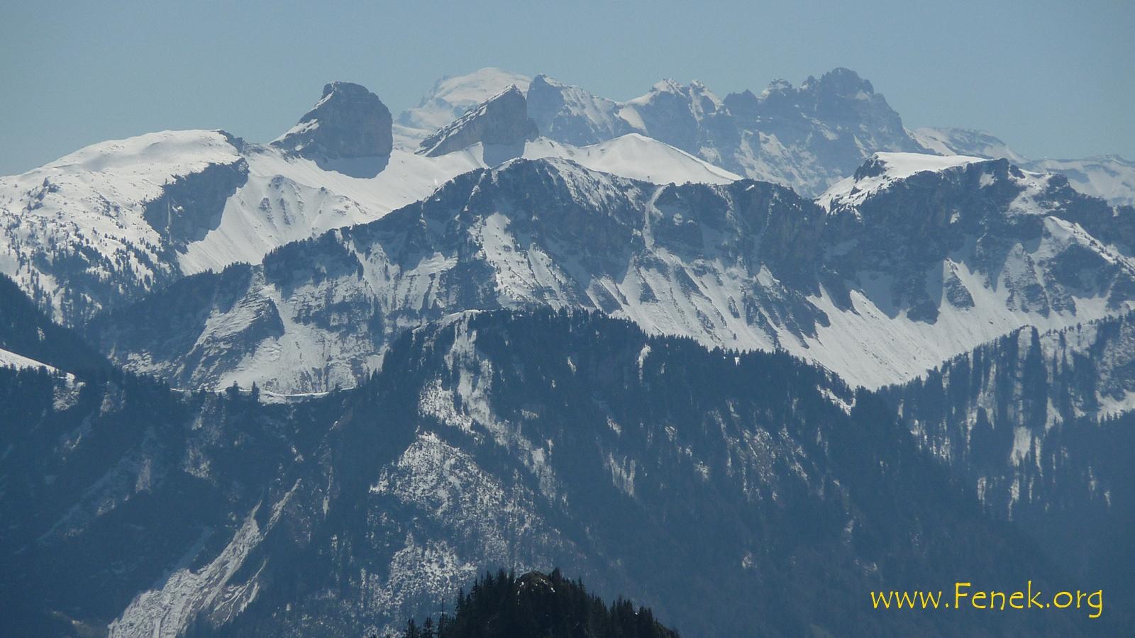 Mont Blanc in der Ferne