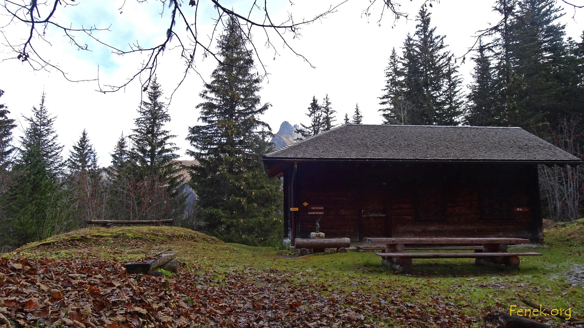 erste Pause bei der Hütte Cinglo