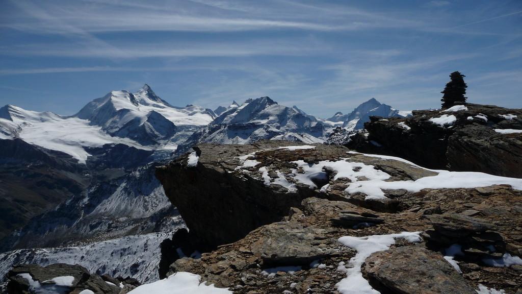 Gipfel Turtmannspitze und Walliser Viertausender