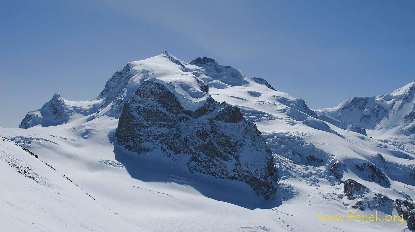 Monte Rosa Massiv mit Dufourspitze und Nordend