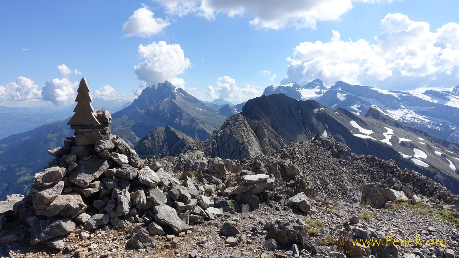 Gipfel Dent du Signal mit Dents du Midi  im Hintergrund