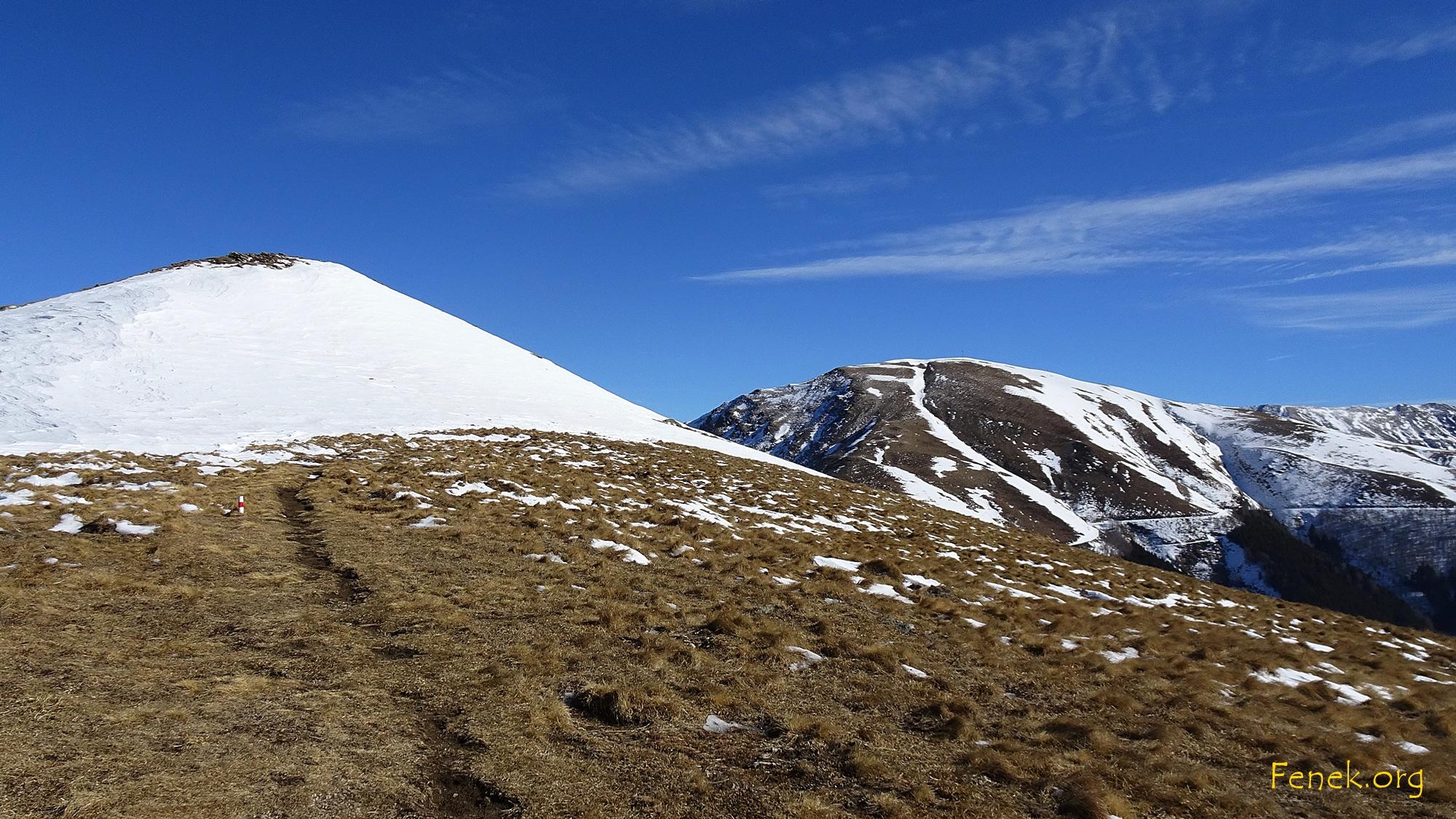 schneebedeckter Caval Drossa - rechts Monte Bar