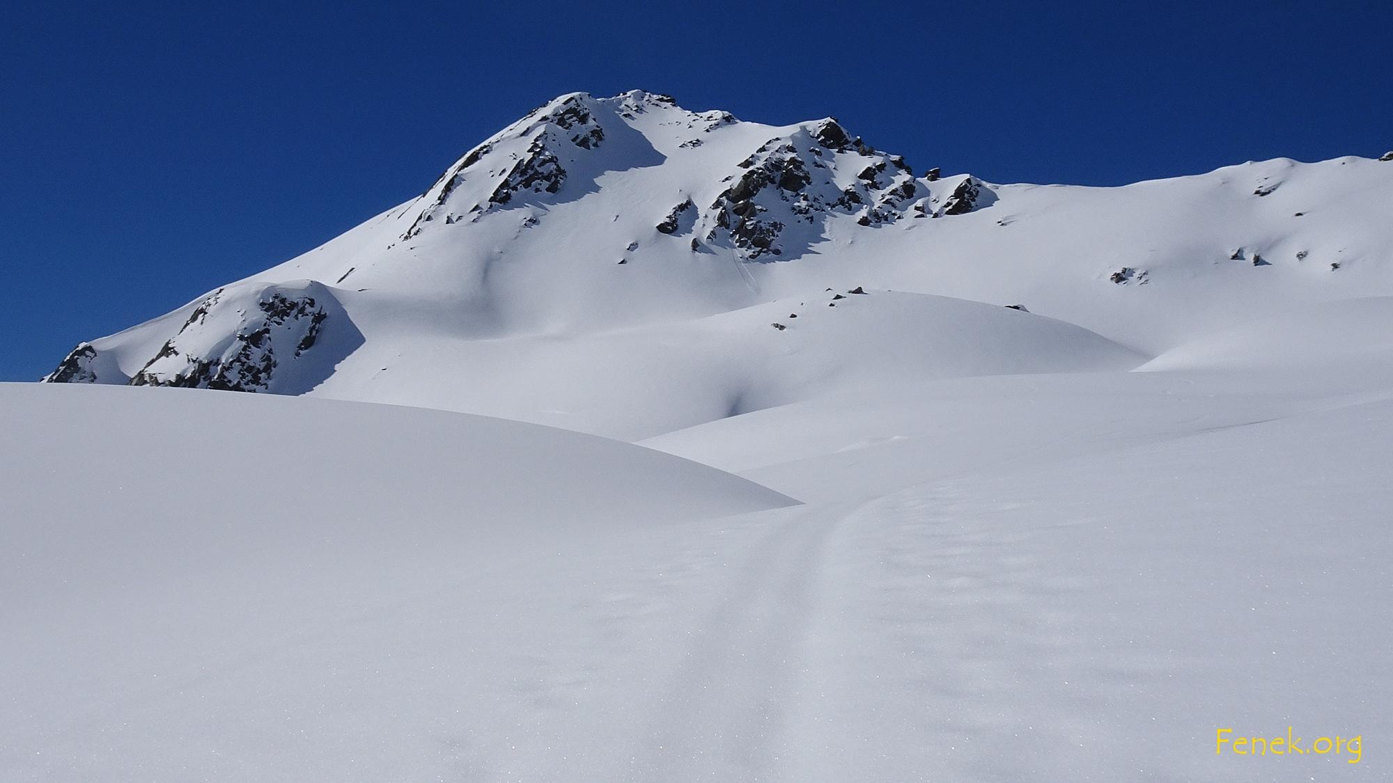 """""""mein Gipfel"""" ist unscheinbar am rechten Bildrand und höher als der links!"""