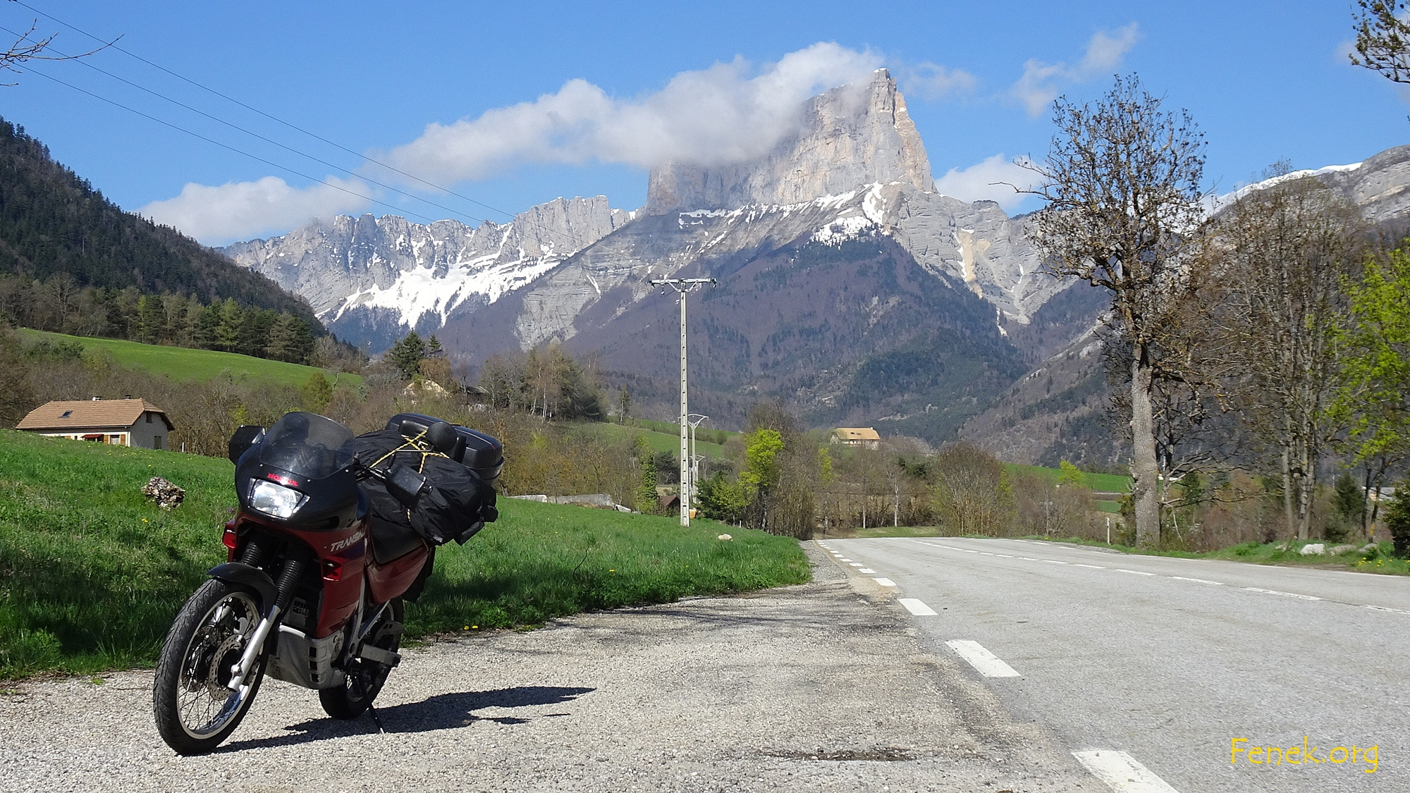 bei der Fahrt in den Süden - bekannter Berg l'Aiguille im Vercors