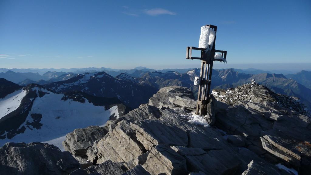 Gipfelkreuz Rheinwaldhorn
