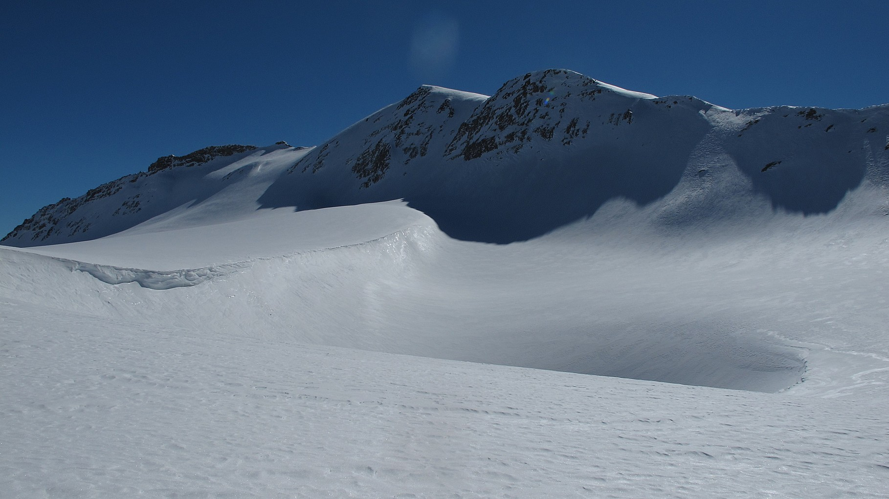 Von der Plaine Morte Sicht auf den Gipfel (kleiner Kopf)