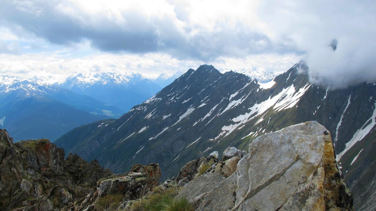 Gipfelaussicht zum Gärsthorn....