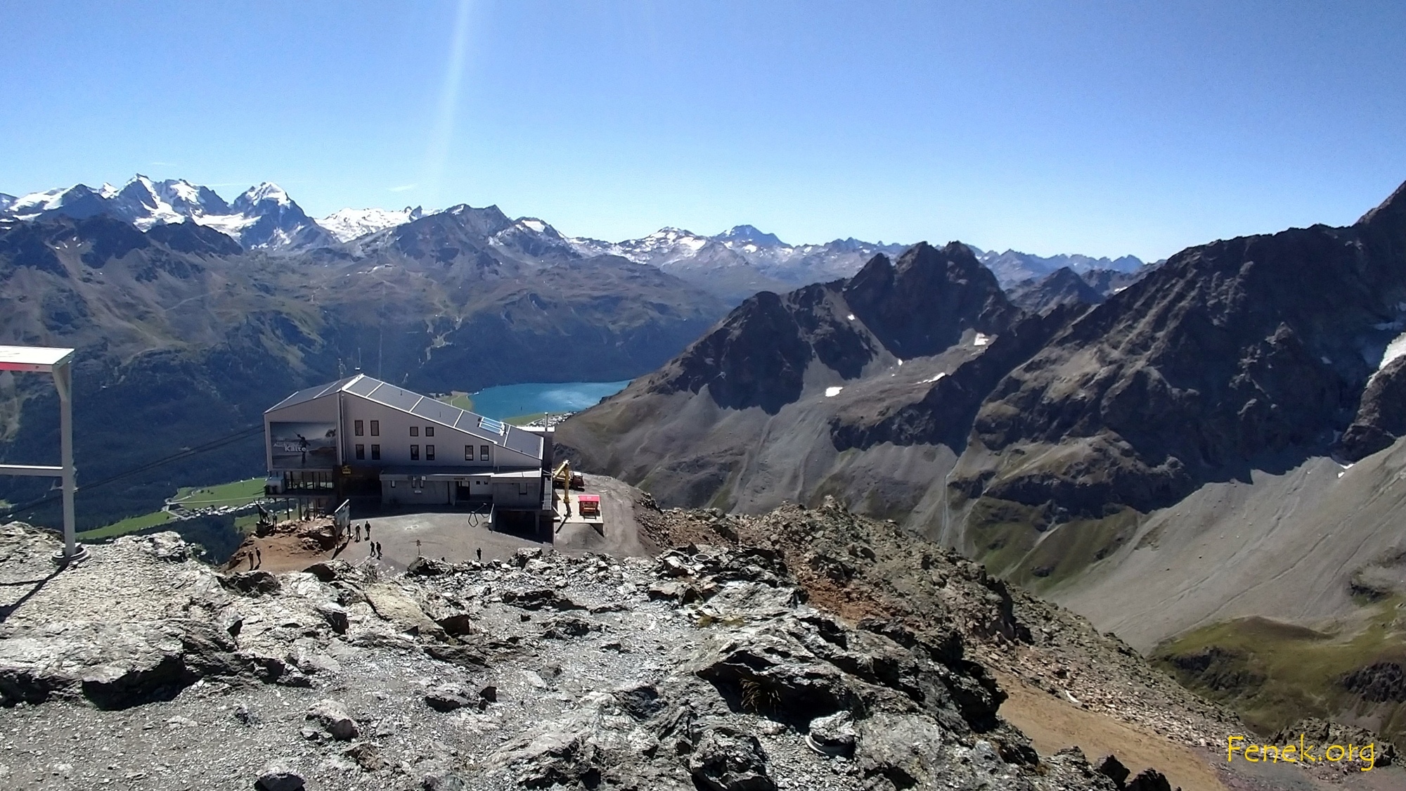 Bergstation - im Hintergrund Bernina