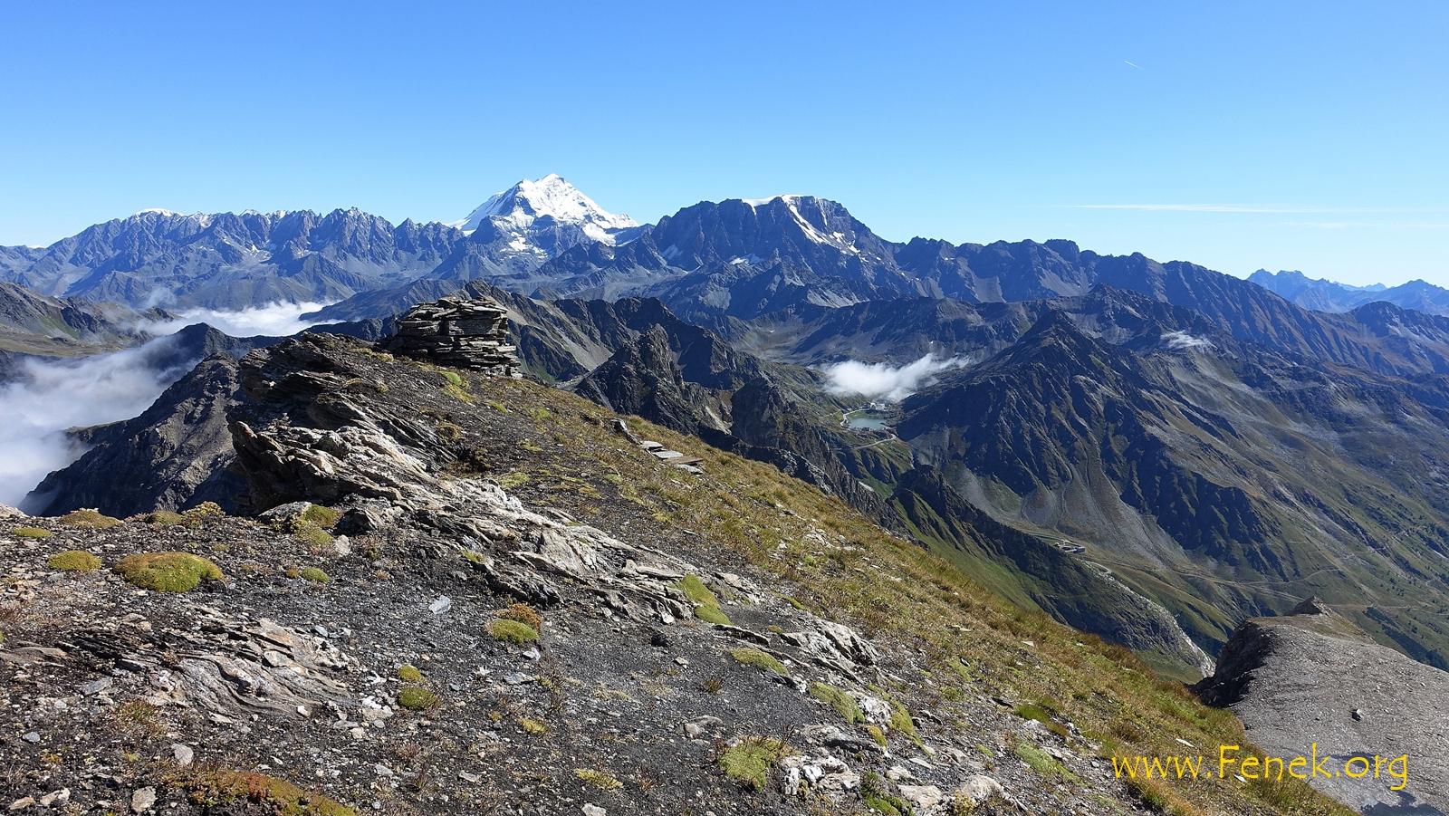 Gipfel mit Grand Combin und Mont Vélan