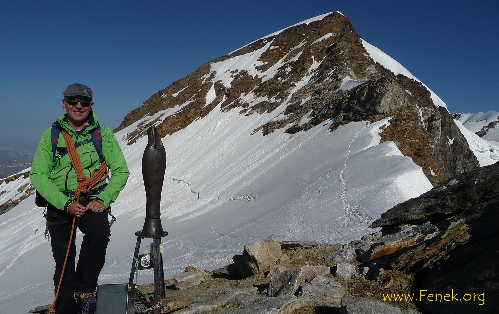 auf dem Gipfel mit Vincent Pyramide