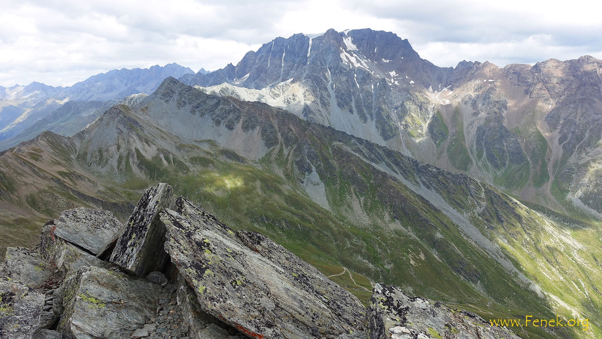 """gross und wuchtig: Mont Velan - davor die bestiegene """"Madeleine"""""""